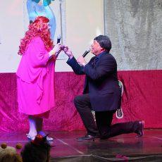 Karnevalistisches Spektakel der Möhnen erfreute die Rübenacher Narren